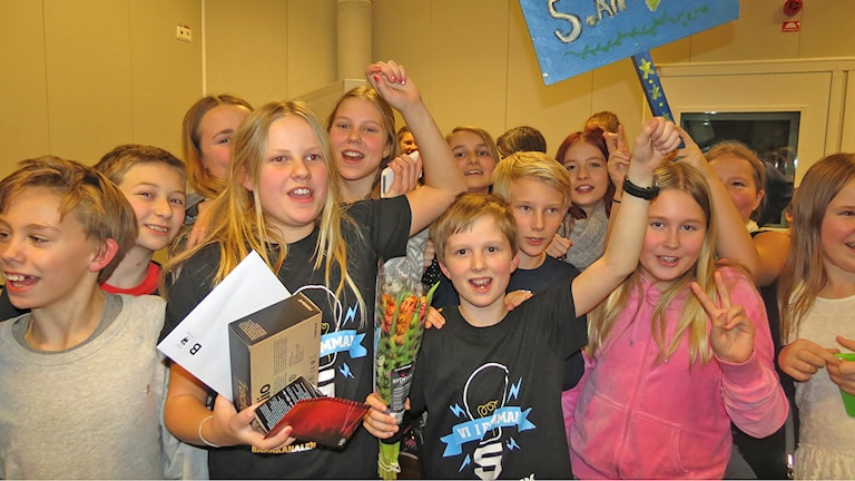 Alléskolans femmor Siri Lidström och Hugo Eliasson. Foto: Mika Koskelainen/Sveriges Radio
