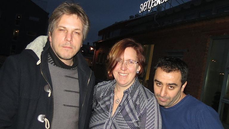 Nils Ingelmark, Lisa Berg och Aydin Akyuz. Foto: Mika Koskelainen/Sveriges Radio
