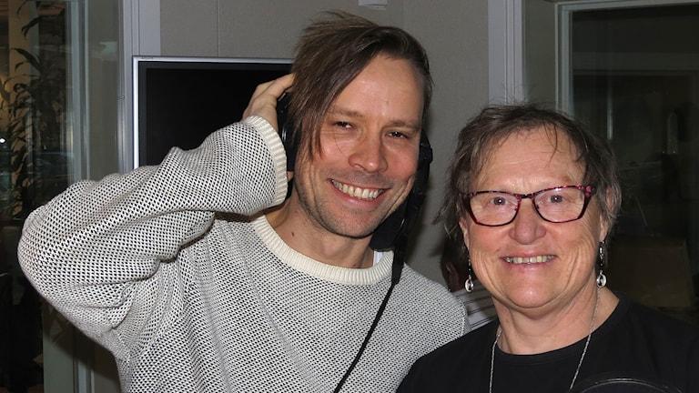 Erik Larsson och Gunnel Wallin. Foto: Mika Koskelainen/Sveriges Radio