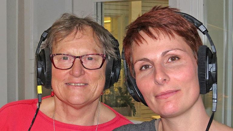 Gunnel Wallin och Cristina Jardim Ribeiro. Foto: Mika Koskelainen/Sveriges Radio