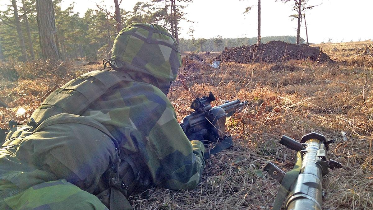 Militärövning. Foto: Patrik Annerud/Sveriges Radio