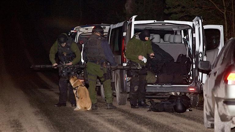 Polisinsatsen skotten vid Brucebo 2008. Foto: Stig Hammarstedt