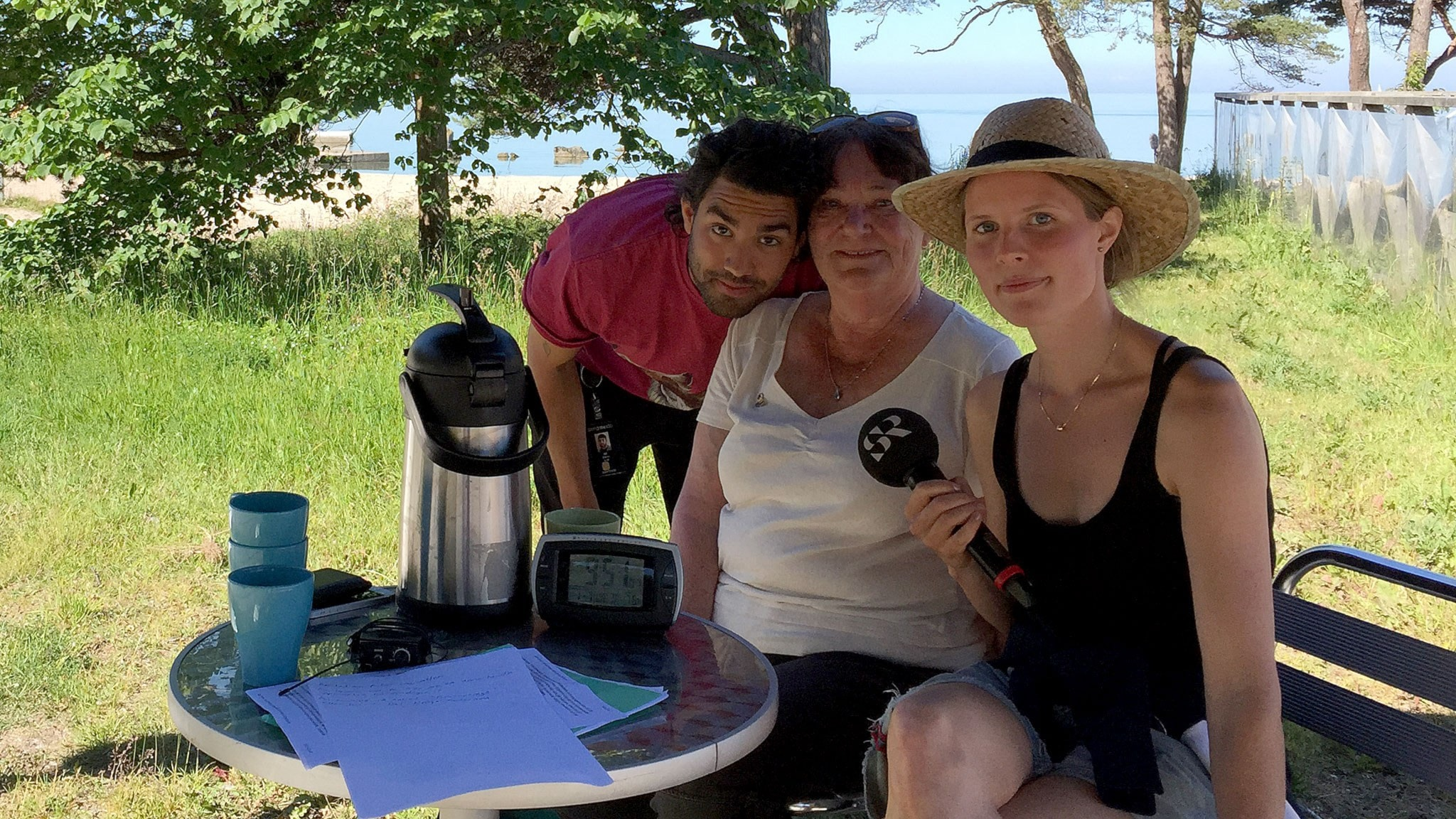 Demir Güler Lilja, Mona Neppenström och Amanda Heijbel. Foto: Sveriges Radio.