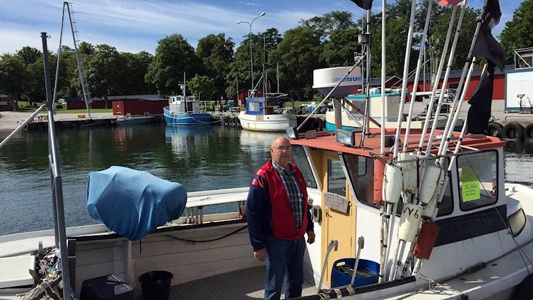 Bernt Hallgren i Slite hamn. Foto: Anton Kalm/Sveriges Radio