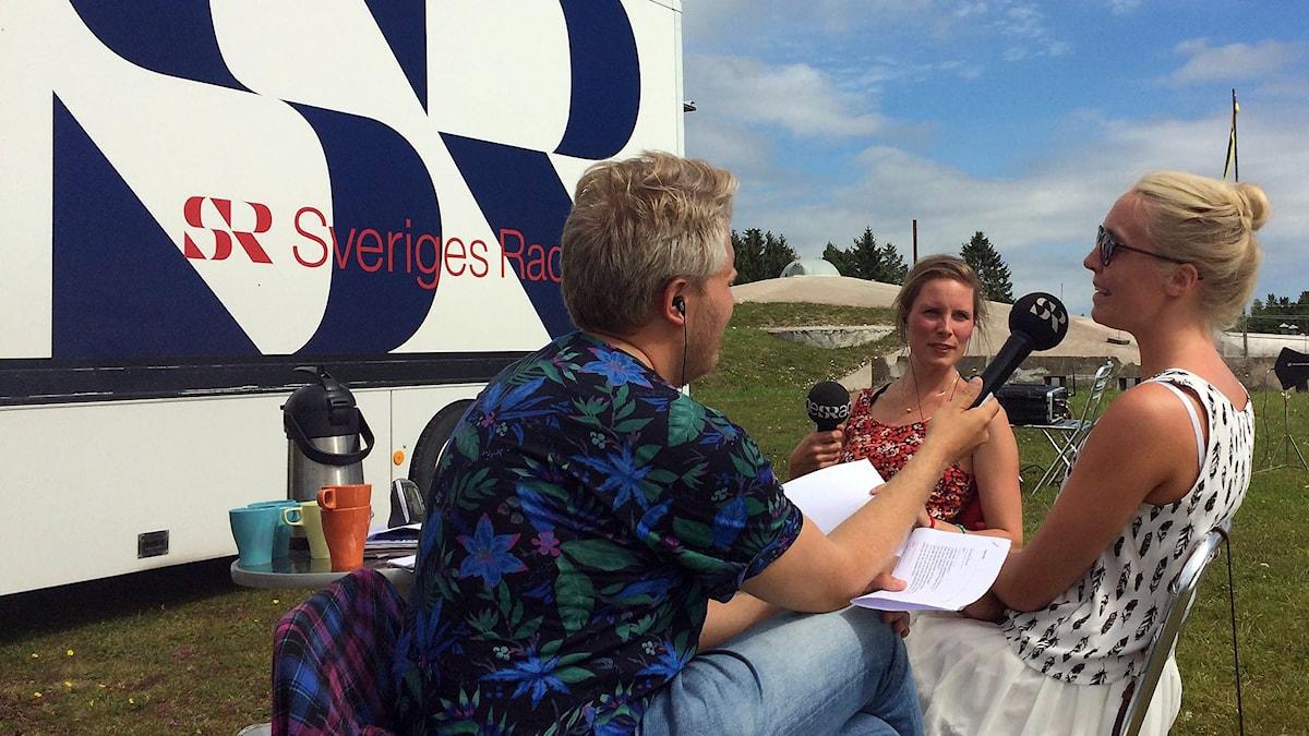 Anton, Amanda och Nicolina Redner. Foto: Anton Kalm/Sveriges Radio