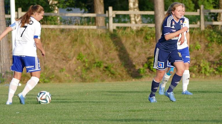 Ebba Ronqvist gjorde mål mot IFK Nyköping på Visborgsvallen. Foto: Eva Didriksson/Sveriges Radio