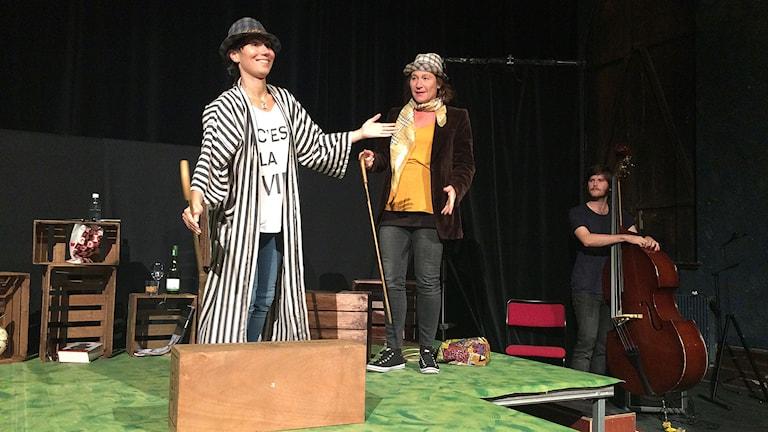 Länsteater Martyna Lisowska spelar i Ensamma men tillsammans Foto Lasse Ahnell Sverigesradio