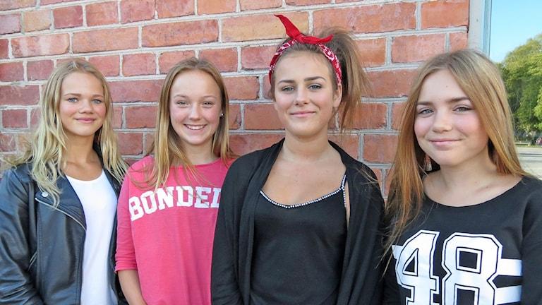 Maja Svennefjord, Johanna Lilja, Tuva Erixon och Elisa Bodzay. Foto: Helena Bremberg/Sveriges Radio