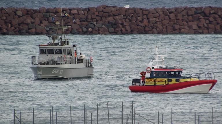 Sjöräddningen deltog i räddningsarbetet i Visby hamn.