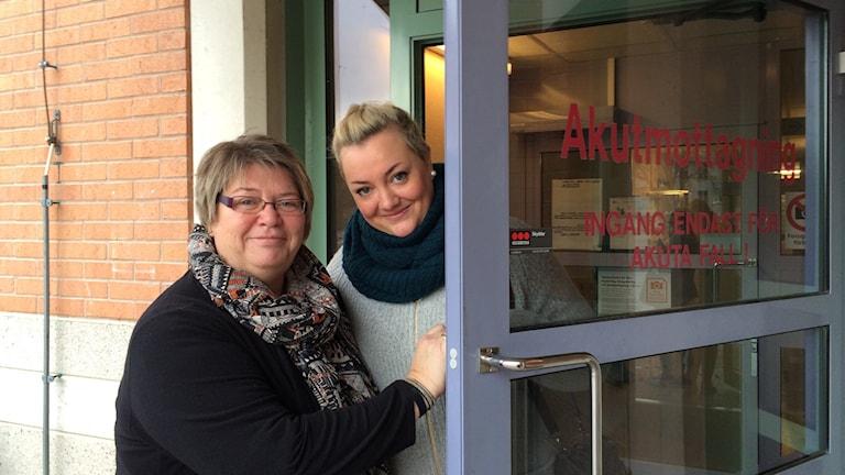 Sjuksköterskorna Ann-Kristin Carlsson och Erika Liljegren