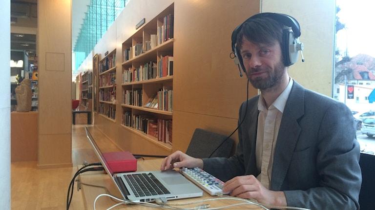 Ljudkonstnären Francis Heery