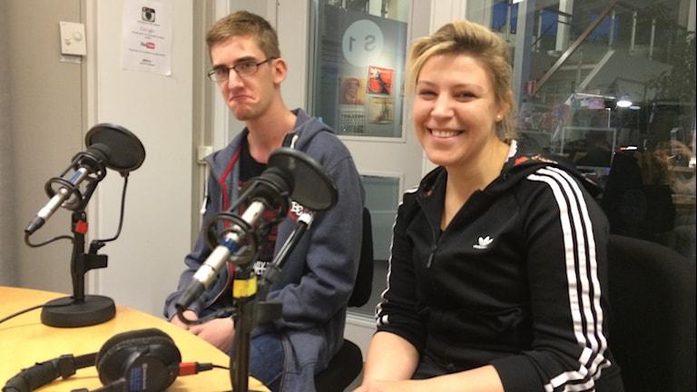 Robin Andersson och Julia John pluggar miljövetenskap på campus Gotland
