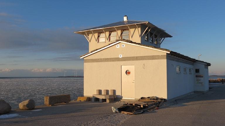 Havsbastun i Burgsviks hamn. Foto: Katarina Hedström/Sveriges Radio.