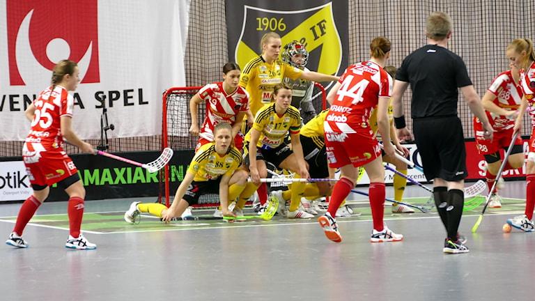 Pixbo har frislag mot Endre IF i Svenska Superligan i innebandy. Foto: Tomas Ardin/Sveriges Radio