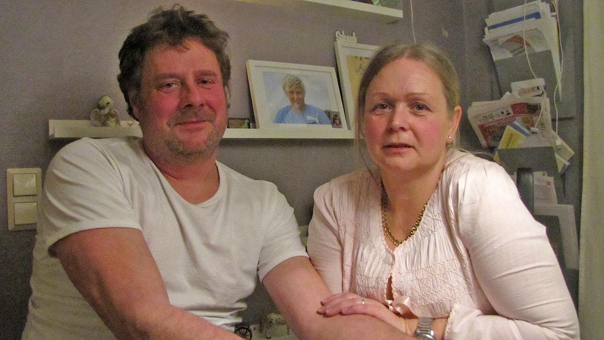Andreas Westberg och Elinor Ljungberg. Foto: Katarina Hedström/Sveriges Radio
