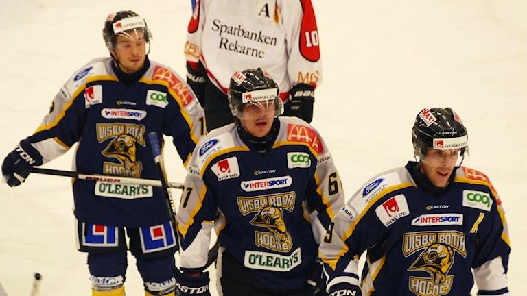 Andreas Gröndahl, Joakim Axman och Oskar Lundberg i Visby Roma. Foto: Eva Didriksson/Sveriges Radio