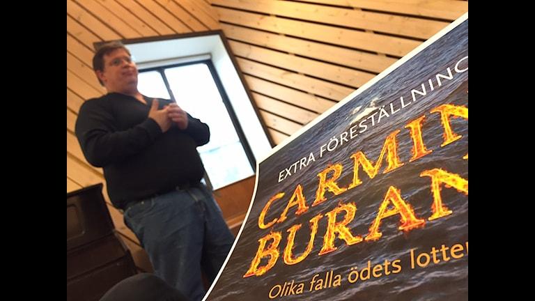 Körverket Carmina Burana med flyktingtema. Erik Skagerfält från Gotlandsmusiken. Foto: Patrik Widegren.
