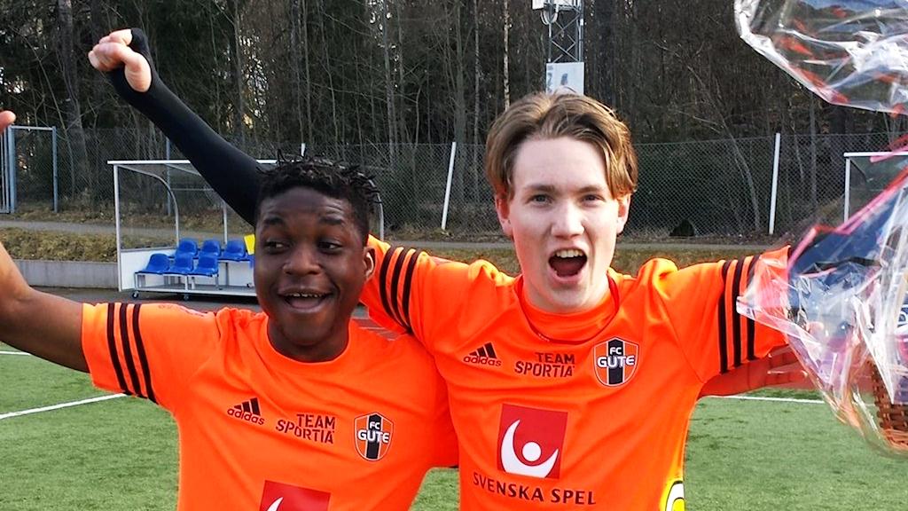 Shafik Zzimula och Marcus Burman, FC Gute