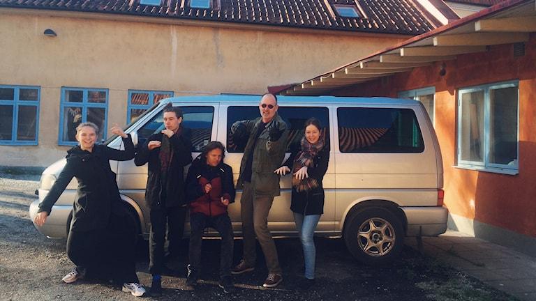 Gissa instrument? Liv Sundblad, Fredrik Ekelöf, Olof Björkqvist, Håkan Renard och Julia Jakobsson laddar för turnén.