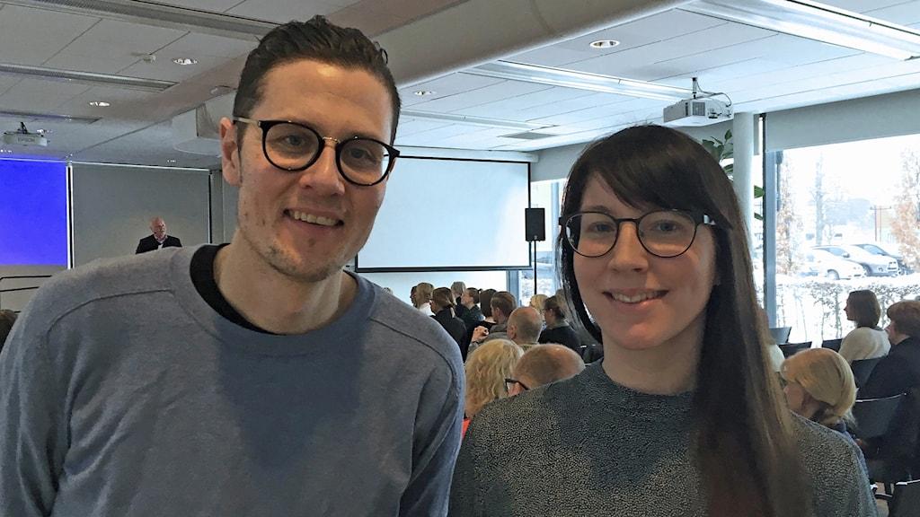 Gotlands museums uställningsproducent Henrik Ramberg och kommunikatör Nina Lund