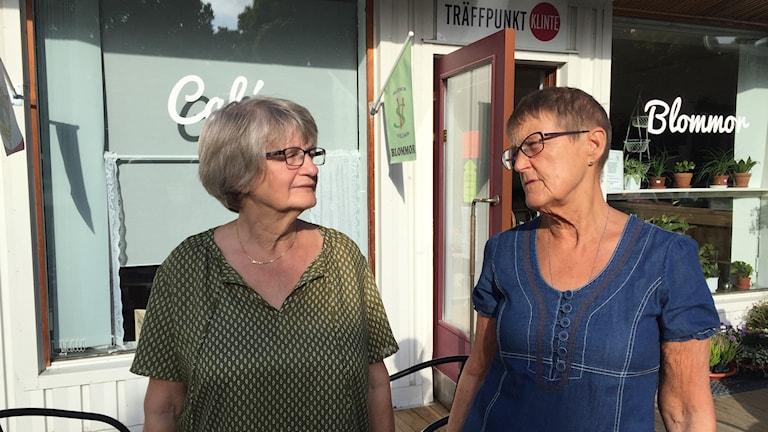 Karin Björnson och Britt Johansson är besvikna över migrationsverkets agerande.