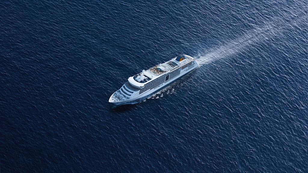 Fartyget Europa 2 till sjöss.