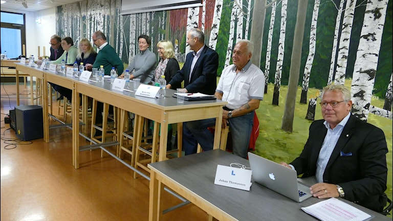Paneldebatt om Gotlandshems försäljningar av hyreshus.