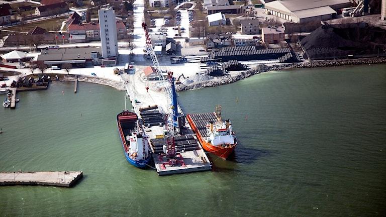 Slite hamn 2010 när Nordstream fick vara där och jobba med sin gasledning.