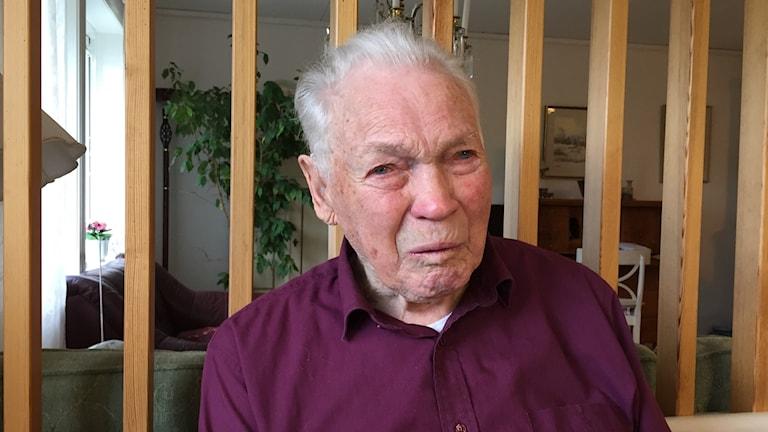 Snart hundraåriga Klintehamnsprofilen Einar Smith.Snart hundraåriga Klintehamnsprofilen Einar Smith.