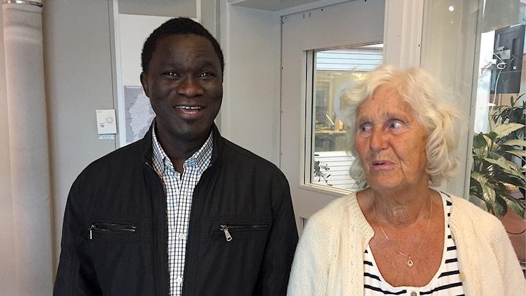 Amado Fadera från Gambia och hans vän sedan 17 år Birgitta Wiman