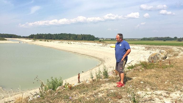 Claes Pettersson berättar att dammen i När är nära tom för första gången någonsin.