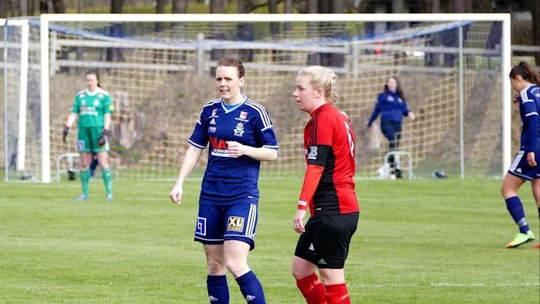 Pauline Mårtensson i P18 gjorde fyra mål under första halvlek. Foto: Eva Didriksson/Sveriges Radio
