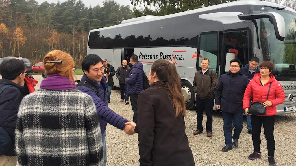 En delegation från Kina besöker Moving Floor på Gotland