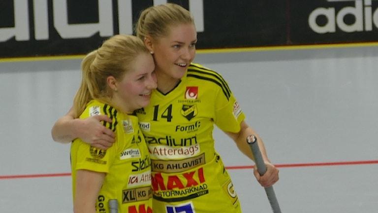 Endres Moa Svanström och Alva Olofsson fick jubla mot Telge