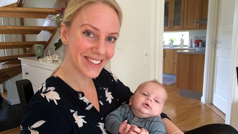 Anna Björkqvist med sonen Vilmer
