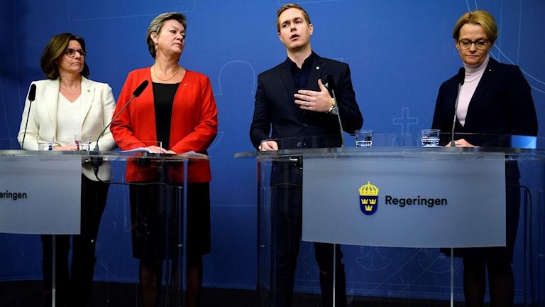 Isabella Lövin (MP), Ylva Johansson (S), Gustav Fridolin (MP) och Heléne Fritzon (S).
