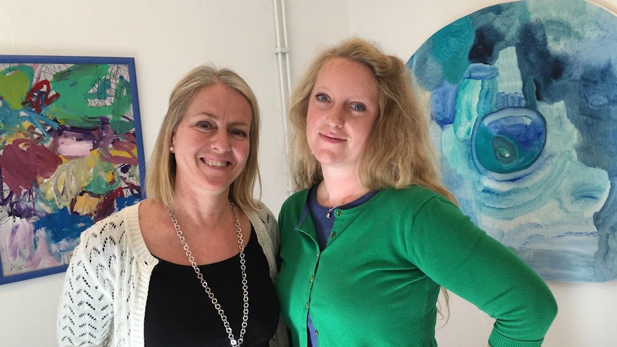 Konstnärerna Alicia Larsson  Siri-Iversen Ejve ställer ut på Galleri Gotland