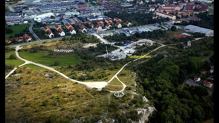Bygget på Galgberget i slutet av augusti 2009. Flygfoto: Gunnar Britse