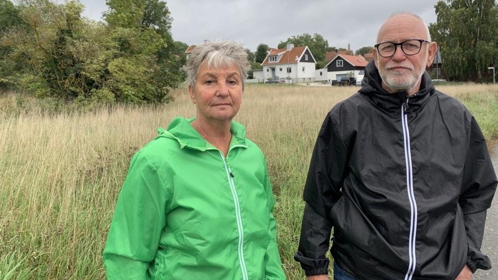 Eva och Rolf Eld, grannar med den eventuella nya parkeringsplatsen vid Visby lasarett.