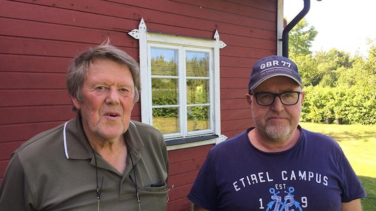 Bent Jakobsson och Mats Holst äger mark inom naturreservatet Ekstakusten.