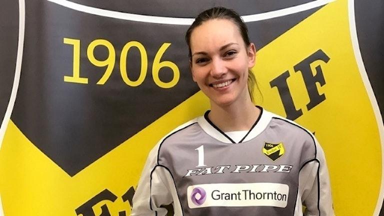 Porträtt på Målvakten Thea Ekholt som har värvats till Endre IF.
