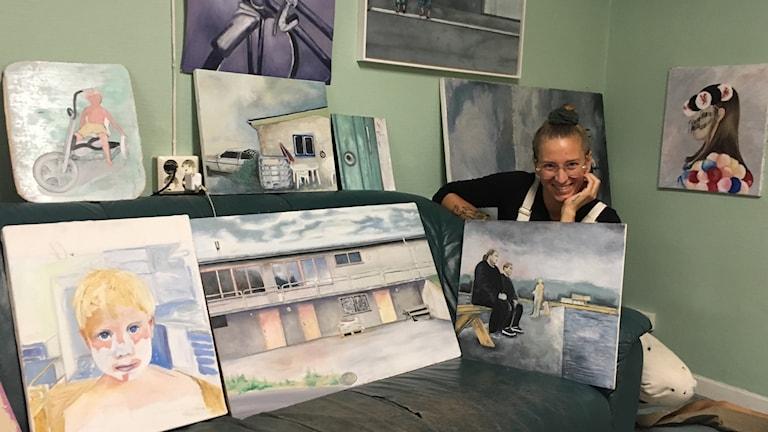 Josefin Ringbom med oljemålningar