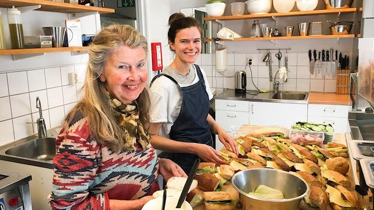 Marita Jonsson och Nina Bagiu