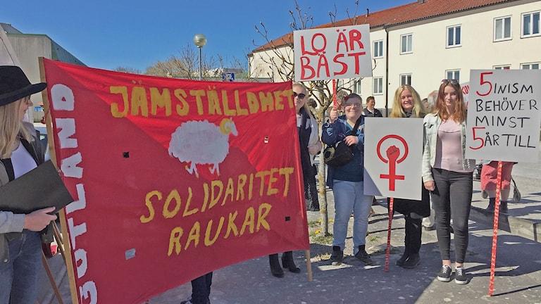 Socialdemokrater demonstrerar på första maj