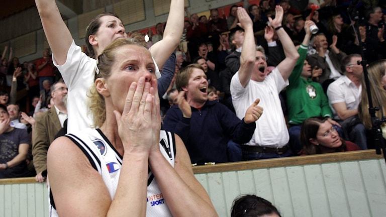 Visby Ladies Susanne Rosengren i slutsekunderna av den dramatiska sista finalmatchen i Södervärnshallen.