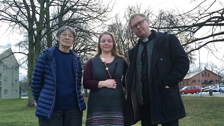 Agneta Berg, ordförande EBO Ekängen, Sofia Lilja, sekreterare Dörröppnarna Klintehamn och Mats Hermansson.