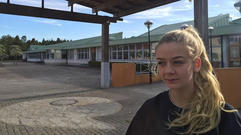 Meandra Sewell engagerar sig för de asylsökande som ser ut att tvingas flytta från Klintehamn.