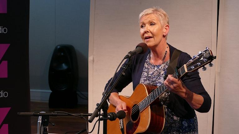 Susanne Alfvengren spelade live i p4 gotland