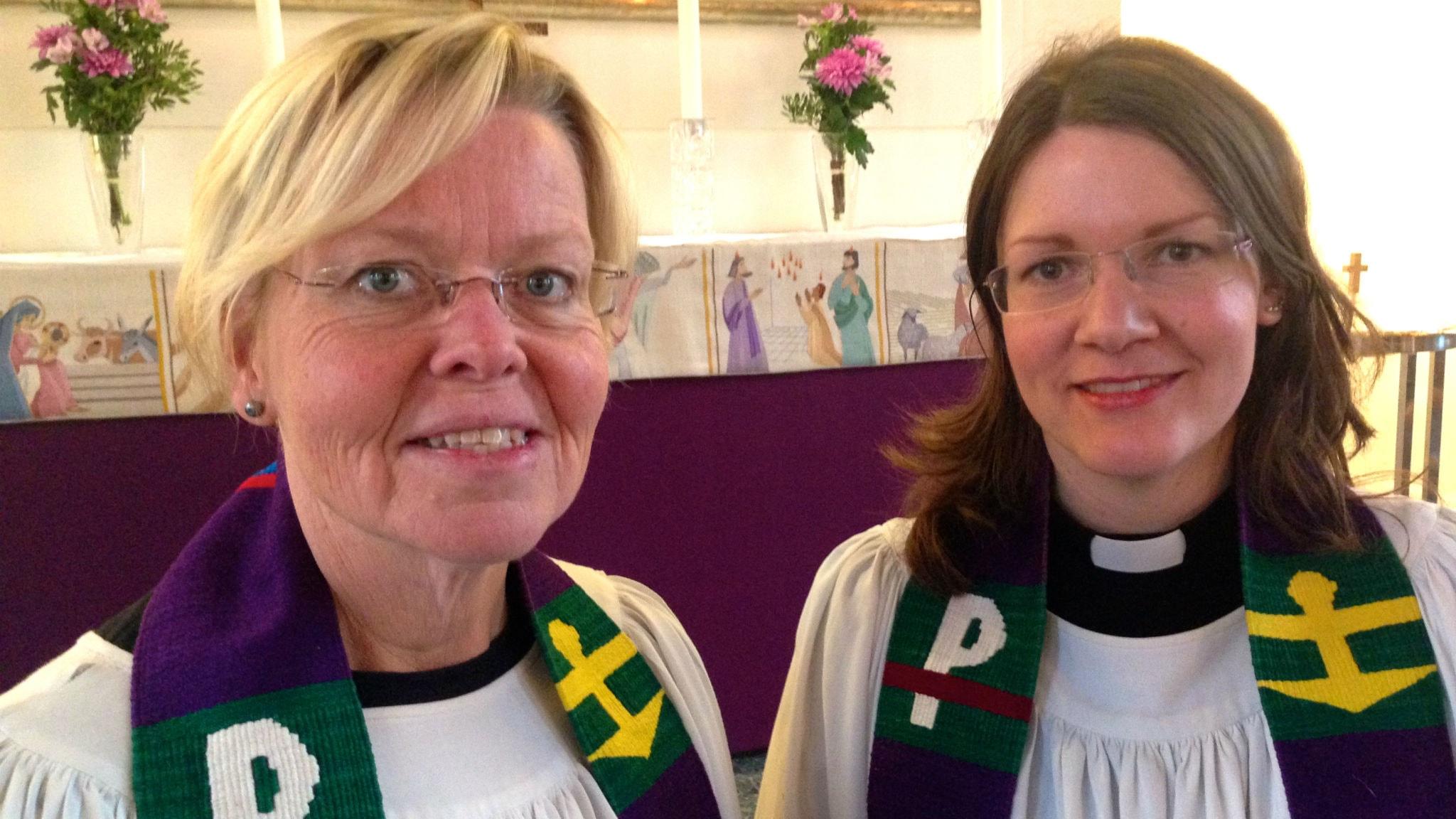 Prästerna Ann Aldén och Ewa-Sofia Gudmundsson. Foto: Agneta Nordin/Lokatt media.