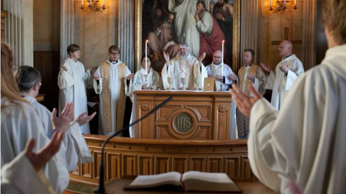 Varje söndagmorgon firas mässa i kapellet. Foto Bjärka- Säby.